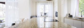 granit bucatarie apartament
